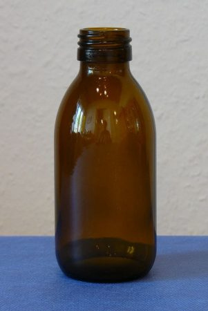 Gyógyszeres üveg DIN 28,  150 ml (88 db/tálca) TÁLCÁS